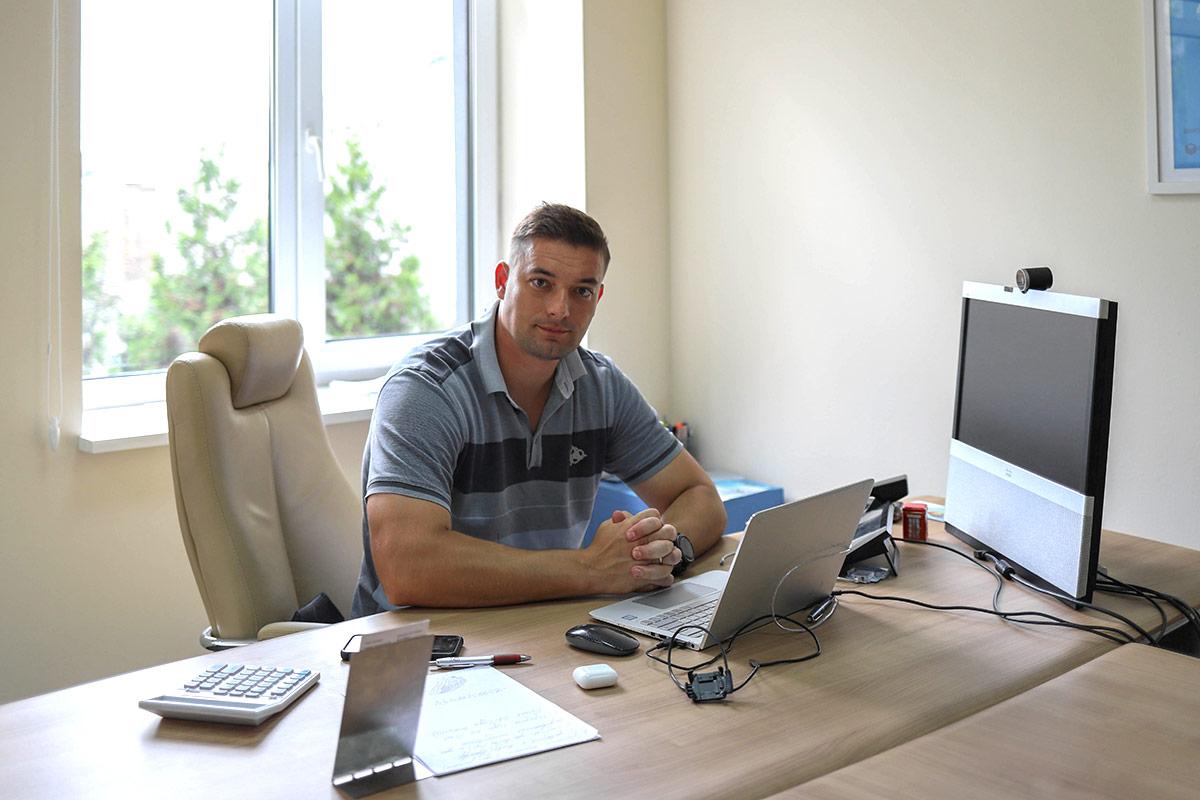 Vakhtang Dzukashvili - CEO